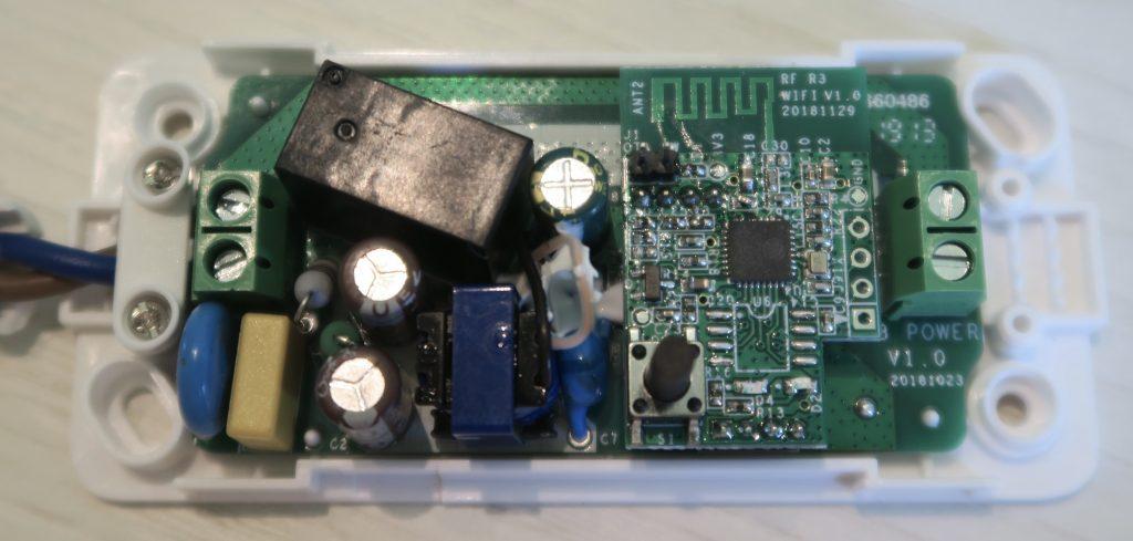 Sonoff Basic R3 schema elettrico collegamento