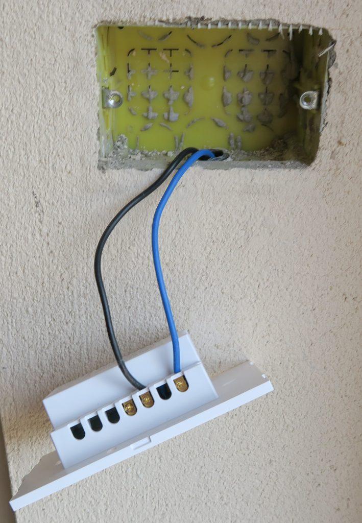 Installazione e collegamento Sonoff TX US T0